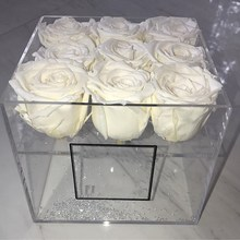 White flower acrylic packaging square cardboard flower storage box with a lid for flower