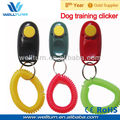 dog trainer press clicker