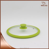 Glass lid for pan with silicone rim