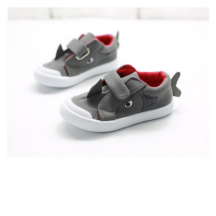 2016 unique style high grade wholesale kids canvas shoe