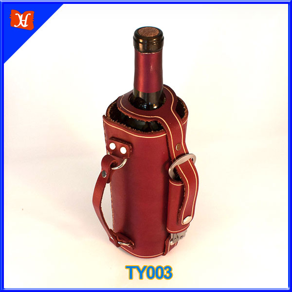 Good design leather wine carrier