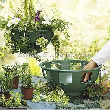 "12 x 14"" Plastic Hanging Basket Garden Plant Pot With Chain"