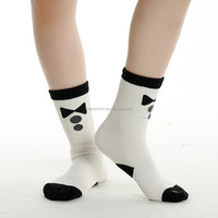 Pretty wholesale white young girl tube knited socks for kids