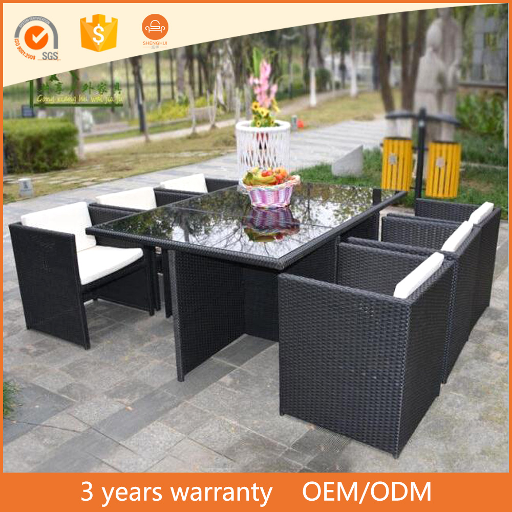 2017 wholesale super nice outdoor rattan furniture 6 single sofa chairs glass top restaurant table