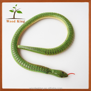 Biomimetic Spray Painted Animals Crafts Simulation Children'S Moving Wooden Snake Toy