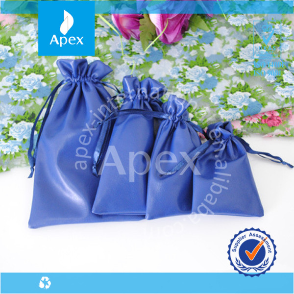 blue gift velvet jewelry pouch