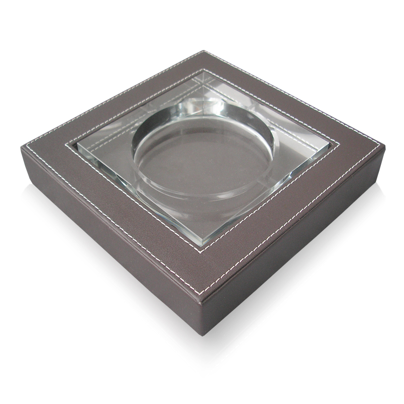 Brown Middle Square Leather Crystal Ashtray