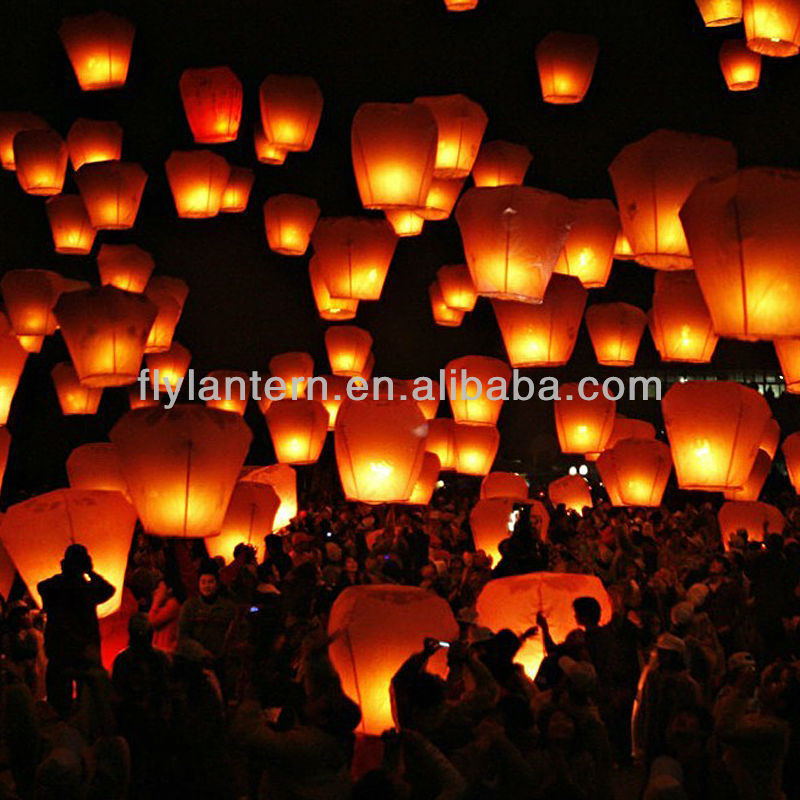 Wholesale flying Chinese sky lanterns biodegradable for wedding