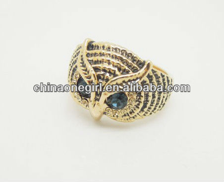 Fashion Crystal Retro Owl Head Ladder Braided Jewel Knukle Ring
