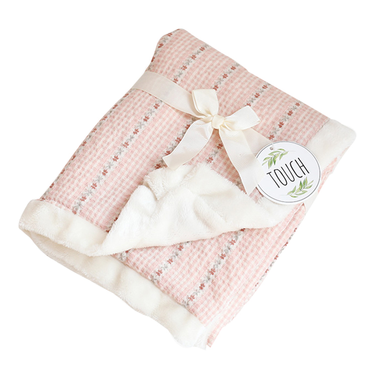 Japanese style hot selling white dots decorative pink soft thick bed baby cotton blanket