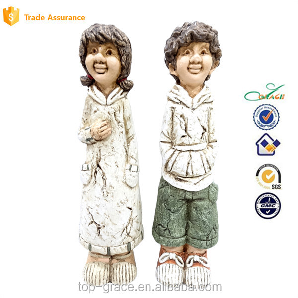 Resin Country Boy and Girl Figurines