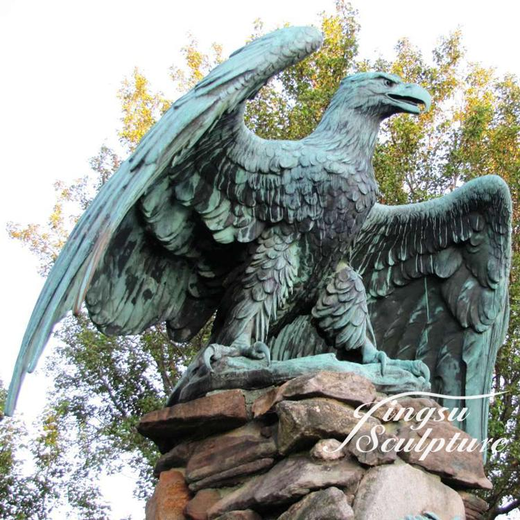 Home decoration hawk statue bronze eagle