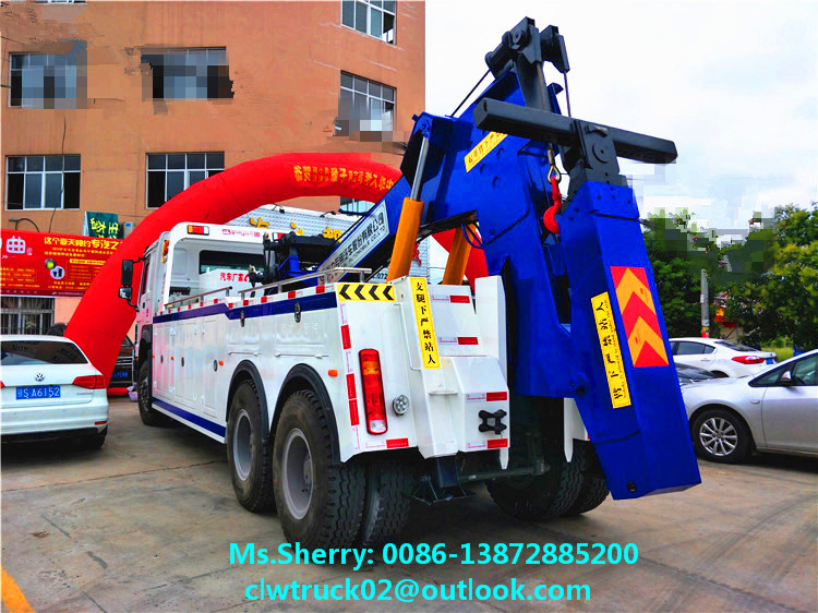 SINOTRUCK HOWO 8*4 Heavy Duty Wrecker Towing Truck for sale in Mexico