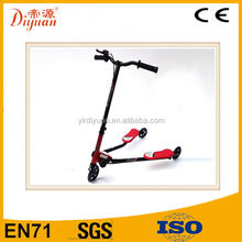 Kids 3 wheel hot sale double pedal speeder scooter