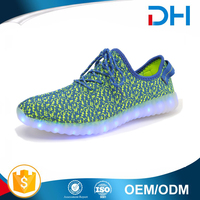 Famous sport shoe with light low price led shoes men sneakers manufacturers