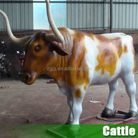 Life size Fiberglass Cow Statues Animal Replicas