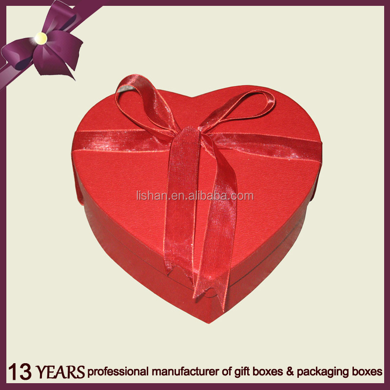 Attractive Red Heart Shape Paper Cardboard Gift Box With Ribbon