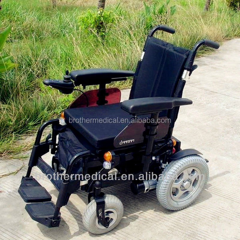 4 wheel motorized wheelchair with programmable control BME1020