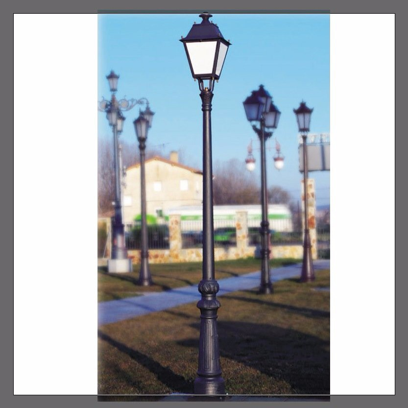 Cast iron Antique solor street light with pole