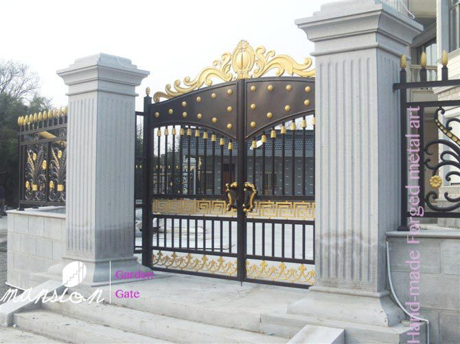 Hand-made Galvanized Metal Gate for Farm, Garden, Villa