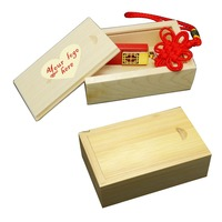 custom packing box wholesale gift box in chain wood box