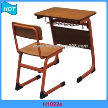 Sale Kindergarten School Furniture Wood Material Metal Frame Student Desk and Chair