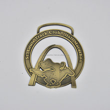 Disign your own hollowed-out bronzed 3d zinc medals wholesale for club