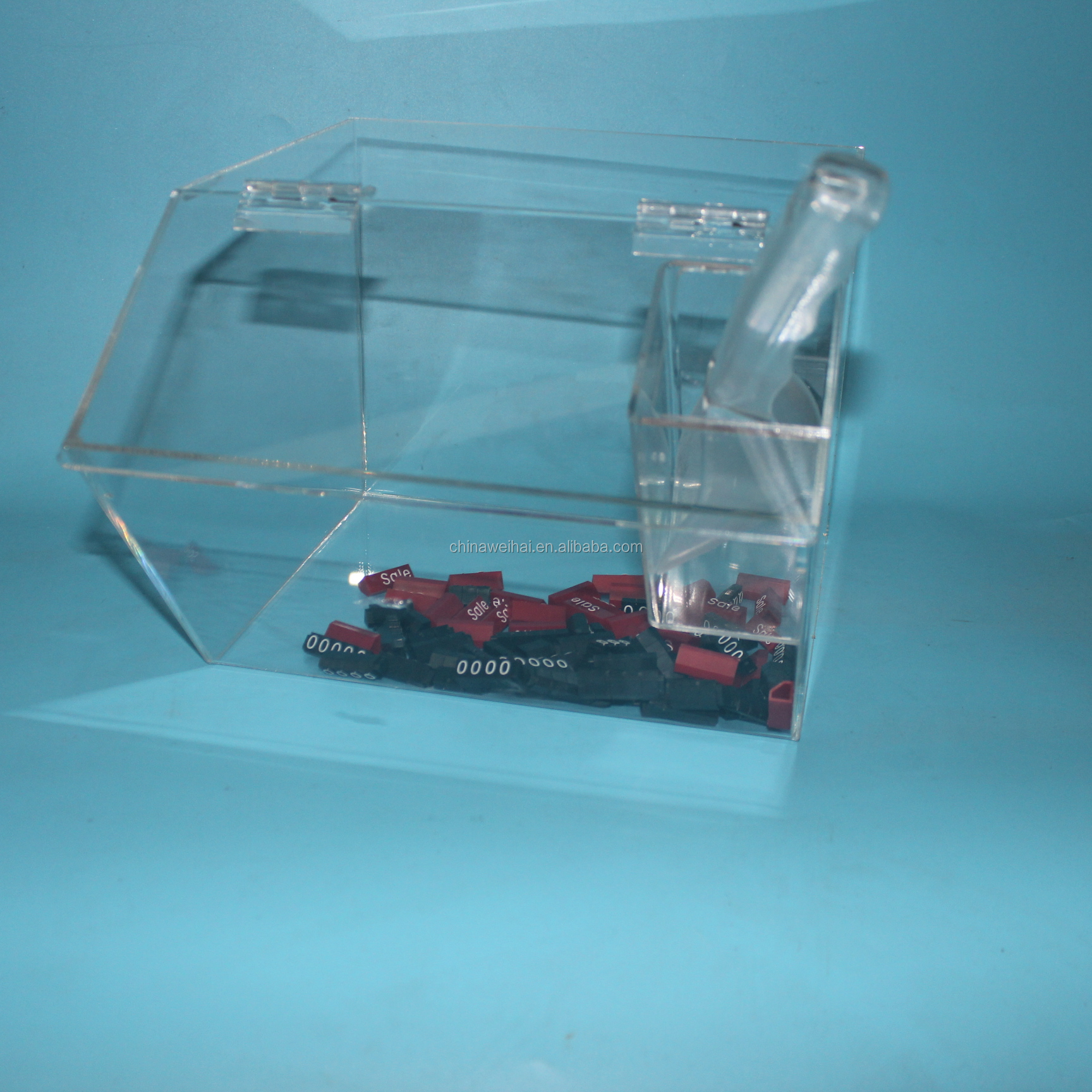 Acrylic Candy Dispenser With Scoop