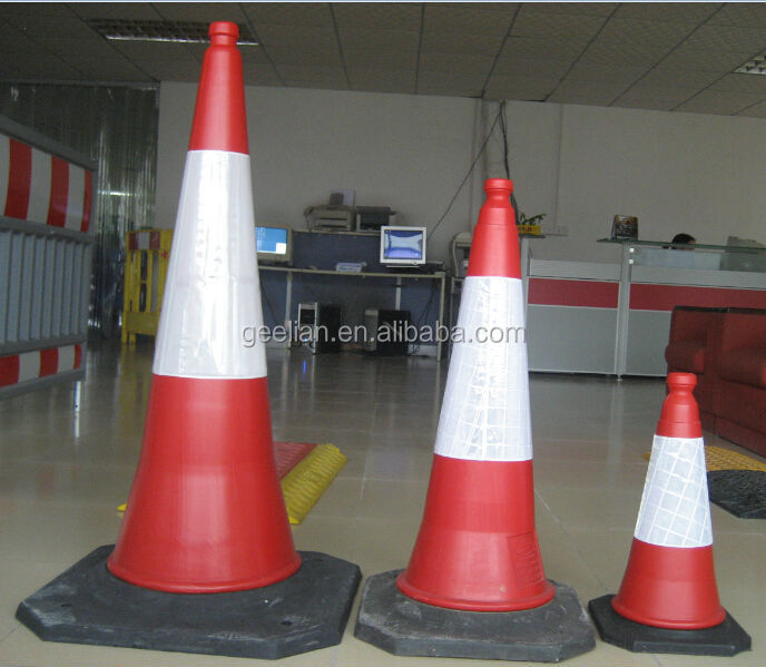 soft traffic cone PE traffic cone with rubber base 1000mm reflective traffic cone Base 490x490mm Reflective 320mm Weight 5kg