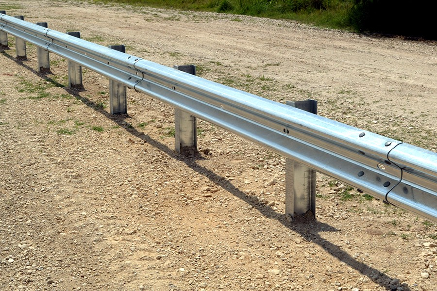 Top Accessed Guardrail Supplier / Easy installation Wholesale ensure standard W-Beam expressway product galvanized fence panels