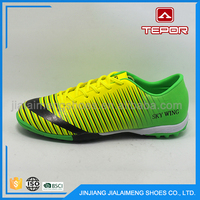 Unique design customized lace-up sport men cheap soccer shoes