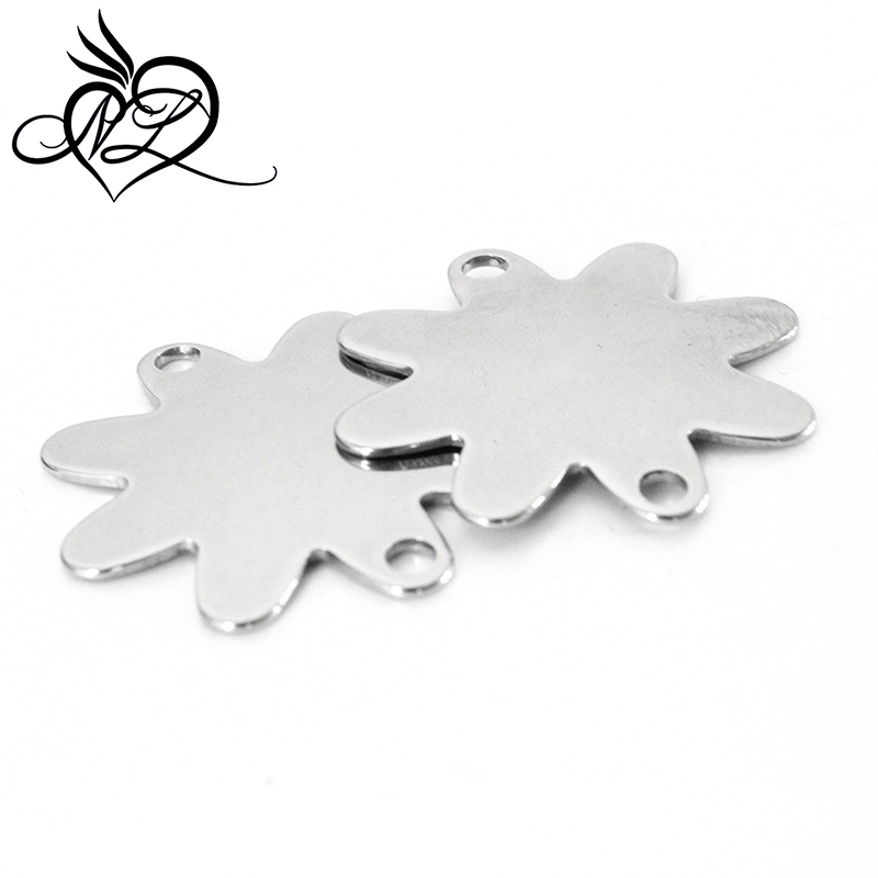 Custom stainless steel jewelry <strong>accessory</strong> plain flower shaped blank tags charms stainless steel flower charms