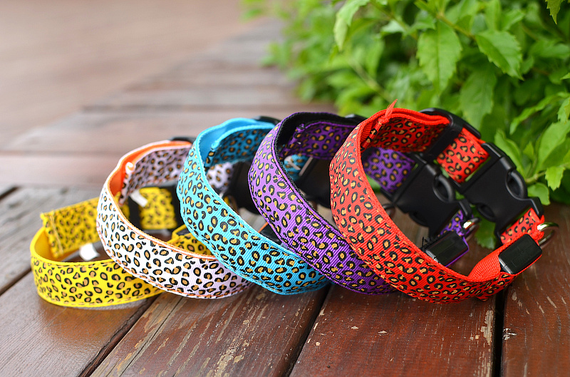 (Top) 2017 Personalized Leopard Led Pet Dog Collars, Flashing Led Safe Pet Collar, Pet Dog Products Led Pet Collar Leash