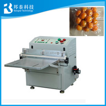 Semi automatic dates vacuum packing machine