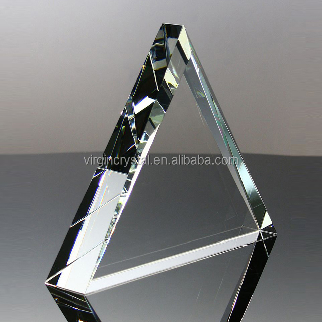 Cheap triangle glass crystal award plaque pyramid trophy for engraved