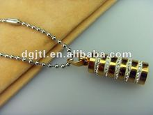 Fashion metal gold plated diamond pendent