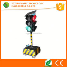 Traffic Safety Traffic Red And Green Temporary Mobile Solar Led Traffic System
