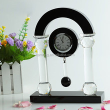 Made in china personalized house shaped clear and black crystal table clocks and watches