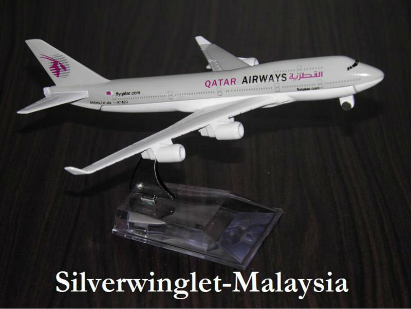 Qatar Airlines Boeing B747-400 Diecast Aircraft Scale Model
