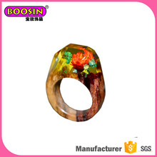 Guangzhou fashion custom wood resin ring, latest design ladies rings