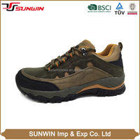 Factory directly sales flex well soft OEM design hiking safety shoes