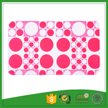 Fashionable Dot Printed Flannel PVC Backed Floor Mat