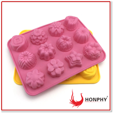 12 Cavity Flowers Silicone Non Stick Cake Bread Mold Chocolate Candy Jelly Baking Mould