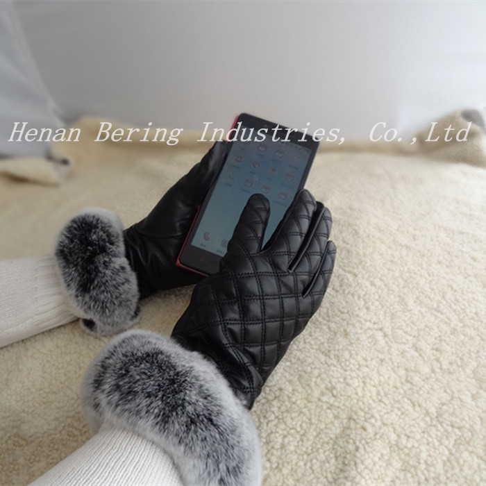 Fashion Rex Rabbit Cuffs Chinese Skin Lamb Skin Touch Sreen Gloves for Ladies