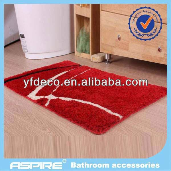 Better Homes and Gardens bath mat with shower curtain
