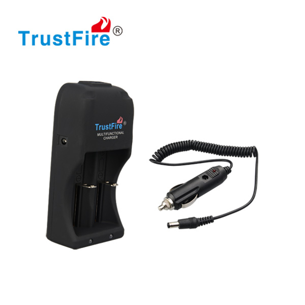 2015 Trustfire New style trustfireTR-<strong>007</strong> multifunctional USB charger for lithium battery