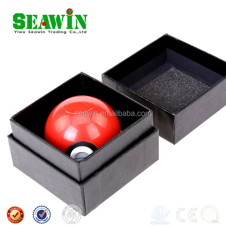 Cartoon Cute pokeball ball herb grinder Wholesale herb grinder Zinc Alloy Poke grinder