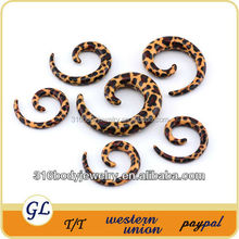 TP02249 leopard printed piercing acrylic ear expander