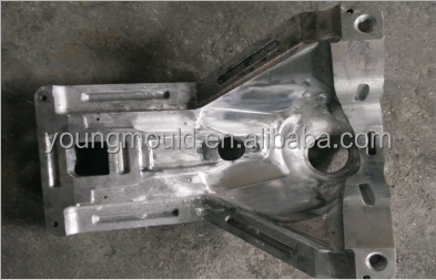 Rotational molding molds for plastic fuel tank container