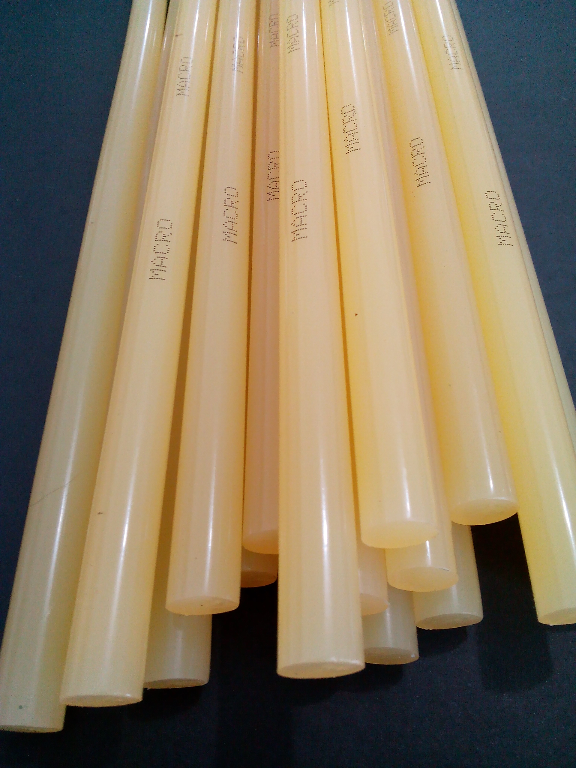 Good Quality Yellow Glue Stick